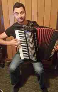 Skype accordion lessons at Music Lessons Anywhere