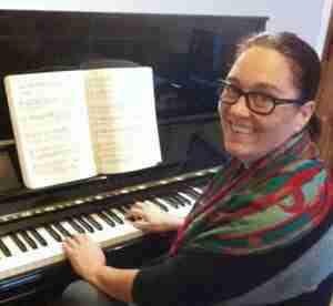 Tracy Rose Skype Piano Lessons and Online Music Lessons