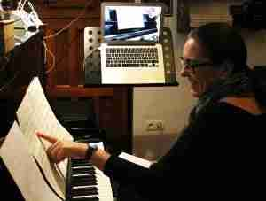 Music Lessons Anywhere live piano lessons online - Tracy Rose