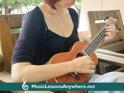 Skype ukulele lessons online - Music Lessons Anywhere