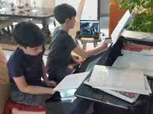 Skype piano lessons live online