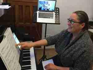 skype piano lessons online Saudi Arabia Riyadh Jeddah Medina article