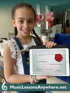 Arwar - online music student of the month with certificate