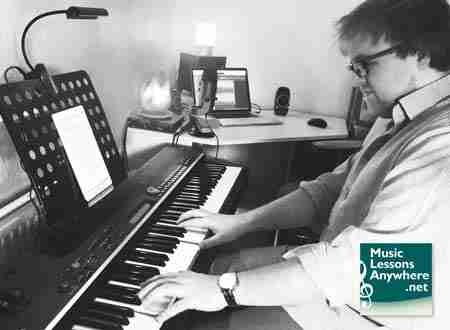 zoom piano lessons online with Sam at Music Lessons Anywhere