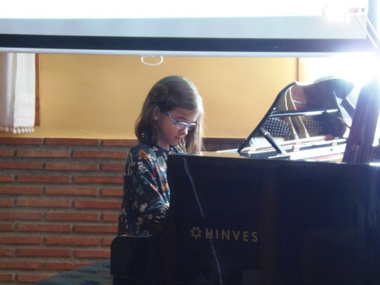 09b MusicLessonsAnywhere.net Piano Lessons Online Spring Concert 22nd March 2014
