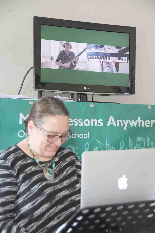 Music Lessons Anywhere Skype guitar lessons online David MacGregor