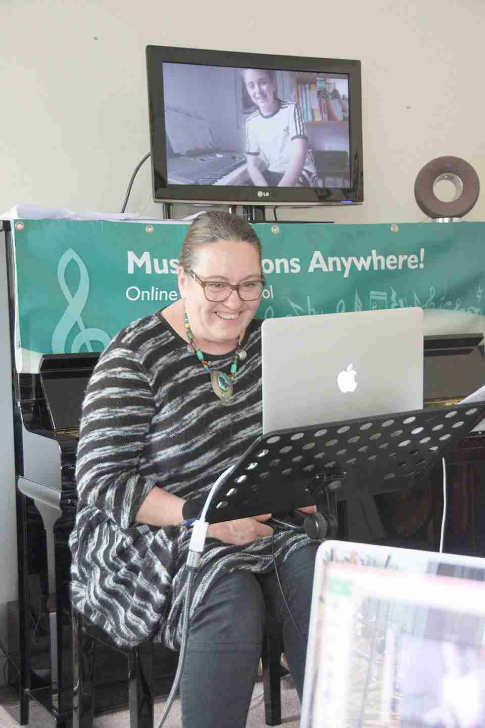 Music Lessons Anywhere Skype concert online Tracy Rose principal